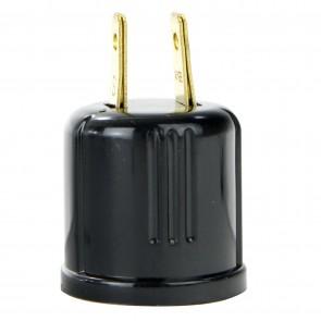 Sunlite 50810 E187/CD  Plug to Medium Socket Adapter